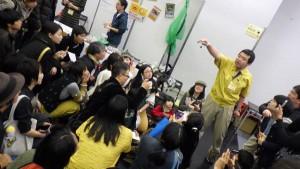 伊丹昆虫館スタッフによる日本最大の蝶、オオゴマダラ羽化シーンのリアルタイム解説
